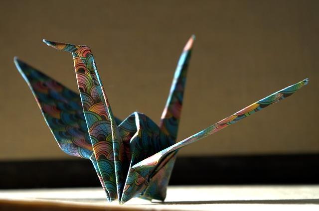 Origami ist ein tolles Hobby für Frauen und Mädchen