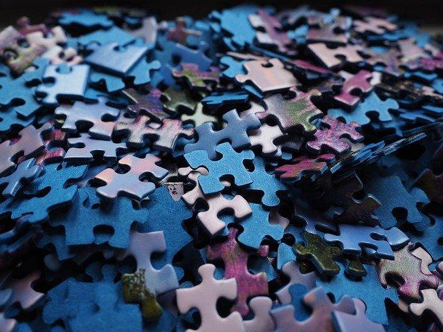 Puzzle bauen gehört zu den besten Hobbys für zuhause